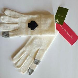 Kate Spade Technology- Friendly Gloves
